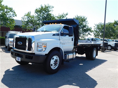 2018 F-750 Regular Cab DRW 4x2,  Platform Body #CC76524 - photo 7