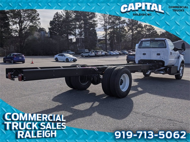 2021 Ford F-750 Regular Cab DRW 4x2, Cab Chassis #CT87636 - photo 1