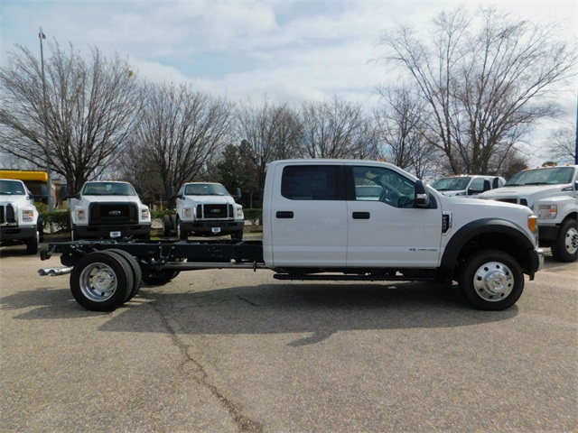 2017 F-550 Crew Cab DRW, Cab Chassis #DT73166 - photo 3