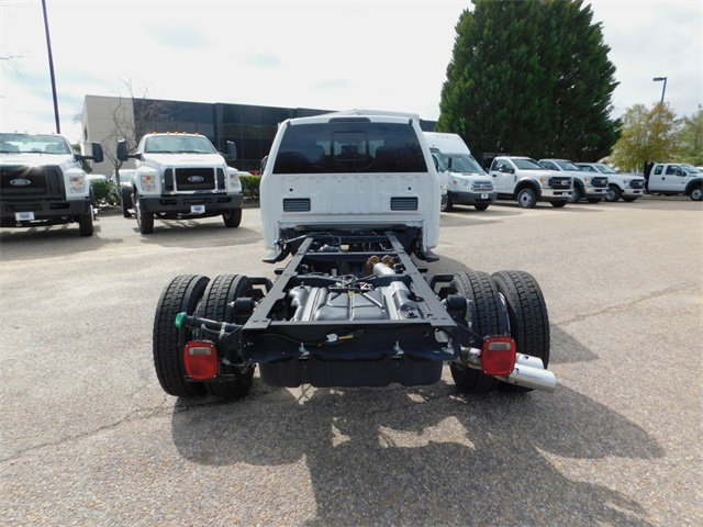 2017 F-550 Crew Cab DRW, Cab Chassis #DT73166 - photo 4