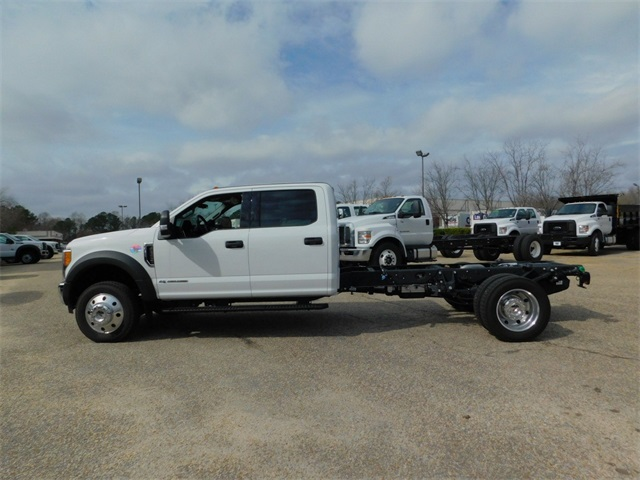 2017 F-550 Crew Cab DRW, Cab Chassis #DT73166 - photo 6