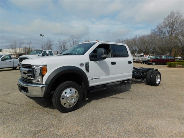 2017 F-550 Crew Cab DRW, Cab Chassis #DT73166 - photo 7