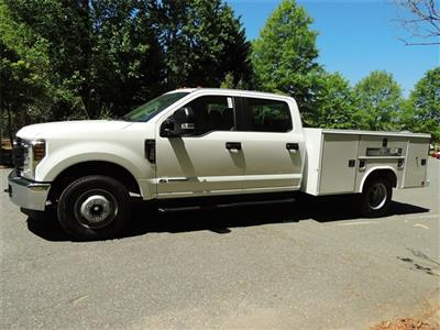 2018 F-350 Crew Cab DRW 4x4,  Reading SL Service Body #DT79214 - photo 6