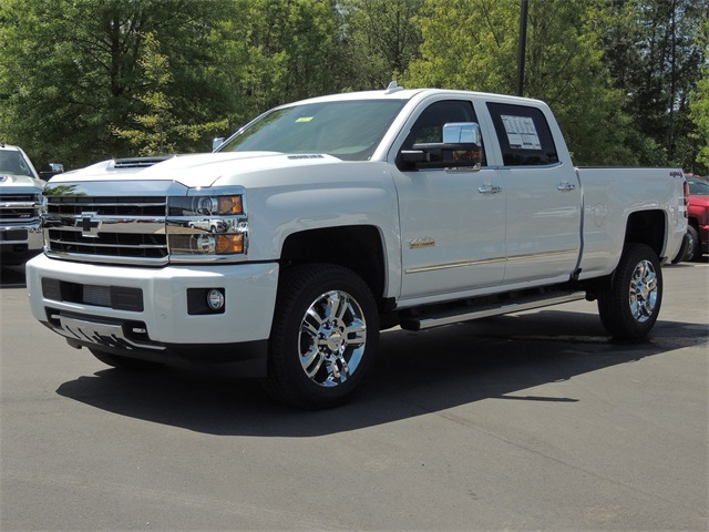 2019 Chevrolet Silverado 2500 Crew Cab 4x4, Pickup #9C36614A - photo 1