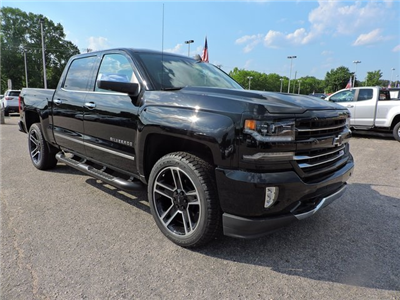 2018 Silverado 1500 Crew Cab 4x4,  Pickup #9C49244 - photo 1