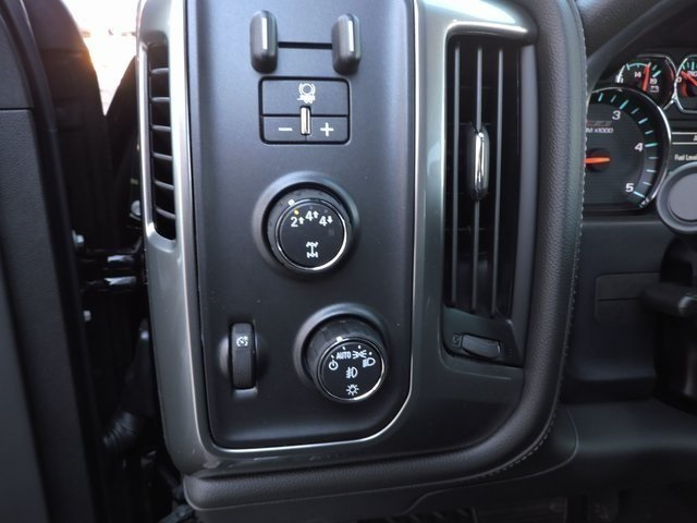 2019 Silverado 2500 Crew Cab 4x4,  Pickup #9C58109 - photo 17