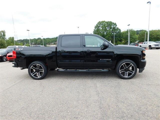 2018 Silverado 1500 Crew Cab 4x4, Pickup #9C65299 - photo 3