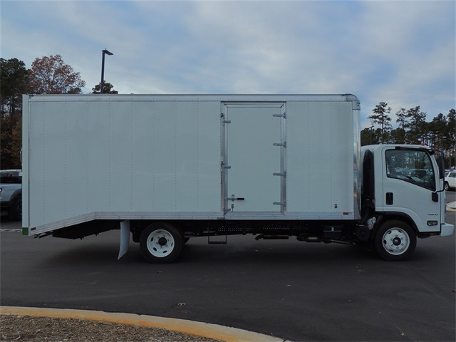 2017 LCF 4500 Regular Cab 4x2,  A.M.Haire Dry Freight #9CC02838 - photo 8