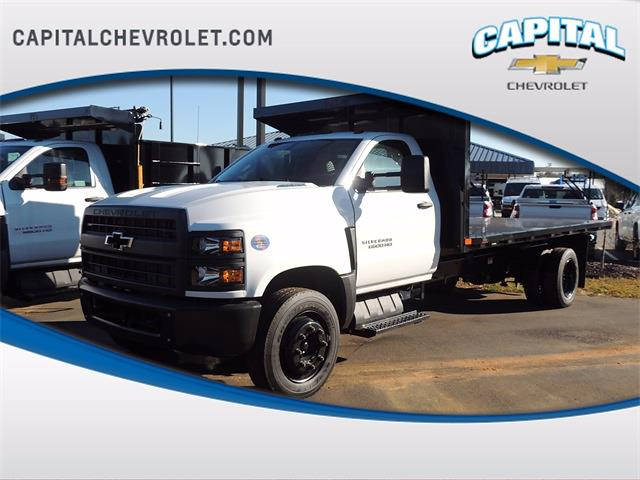 2020 Chevrolet Silverado 6500 Regular Cab DRW 4x2, PJ's Platform Body #9CC04855 - photo 1