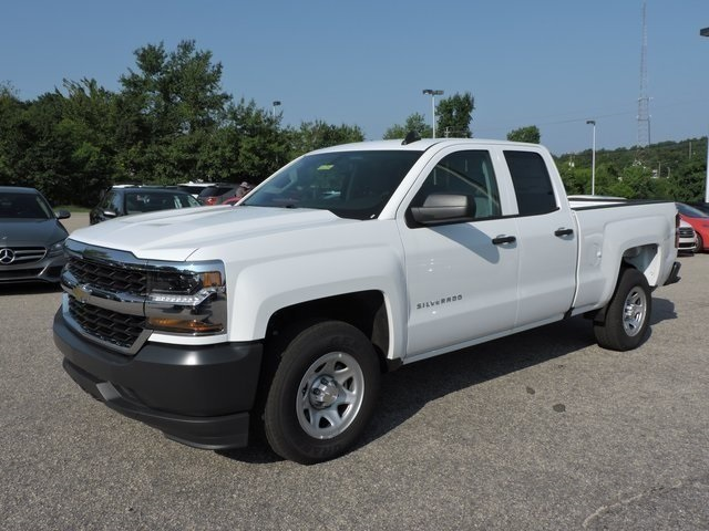 2019 Silverado 1500 Double Cab 4x2,  Pickup #9CC05334 - photo 4