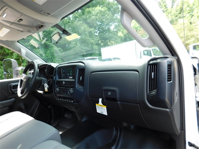 2017 Silverado 3500 Regular Cab DRW, Knapheide Value-Master X Platform Body #9CC08176 - photo 34