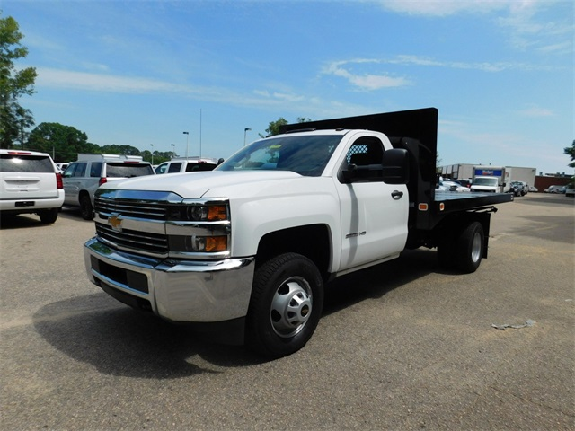 2017 Silverado 3500 Regular Cab DRW, Knapheide Value-Master X Platform Body #9CC08176 - photo 7