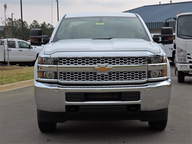 2019 Silverado 2500 Double Cab 4x2, Reading Service Body #9CC18779 - photo 3