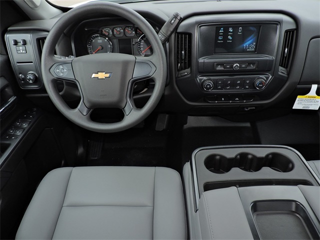 2019 Silverado 2500 Double Cab 4x2, Reading Service Body #9CC18779 - photo 21