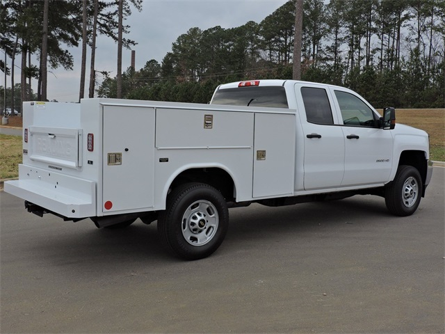 2019 Silverado 2500 Double Cab 4x2, Reading Service Body #9CC18779 - photo 2