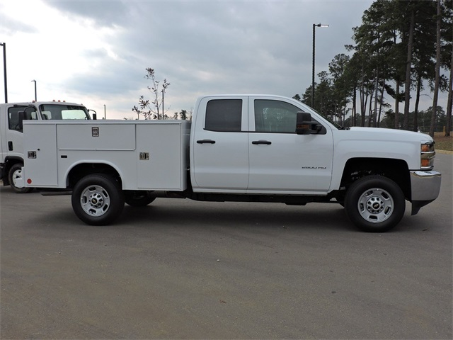 2019 Silverado 2500 Double Cab 4x2, Reading Service Body #9CC18779 - photo 9