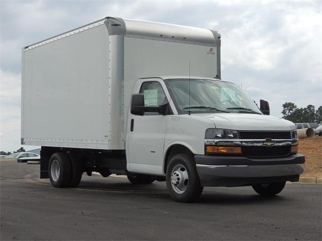 2018 Express 3500 4x2,  Supreme Cutaway Van #9CC22931 - photo 1