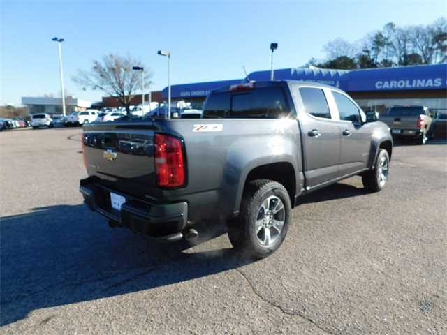 2017 Colorado Crew Cab 4x4, Pickup #9CC28415A - photo 2