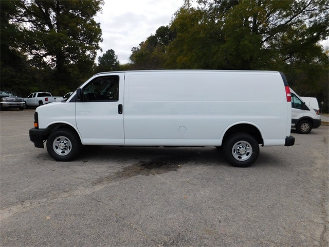 2017 Express 2500, Cargo Van #9CC47937 - photo 7