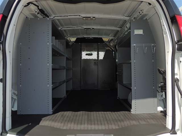 2019 Express 2500 4x2,  Masterack Upfitted Cargo Van #9CC70580 - photo 1