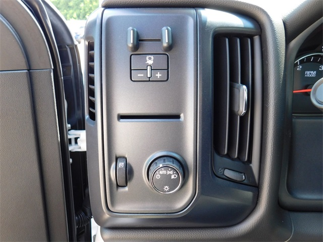 2017 Silverado 3500 Regular Cab DRW, Freedom Load-Pro Dump Body #9CC77191 - photo 17