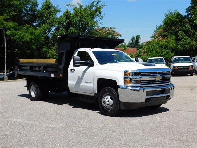 2017 Silverado 3500 Regular Cab DRW, Freedom Load-Pro Dump Body #9CC77191 - photo 4