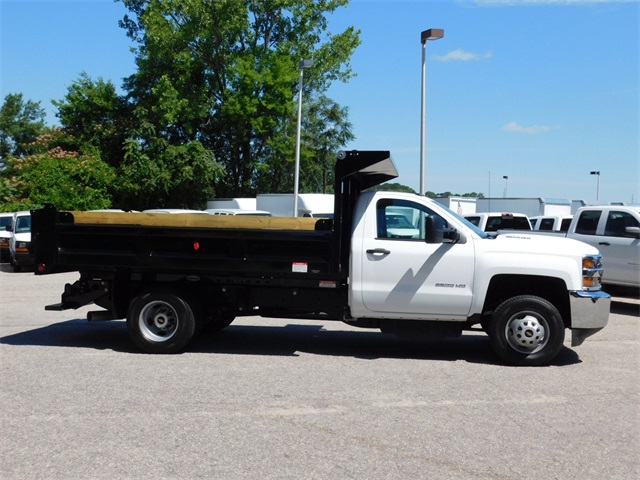 2017 Silverado 3500 Regular Cab DRW, Freedom Load-Pro Dump Body #9CC77191 - photo 6