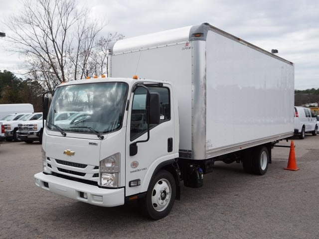 2017 LCF 5500XD Regular Cab 4x2,  Supreme Dry Freight #9CF02197 - photo 4