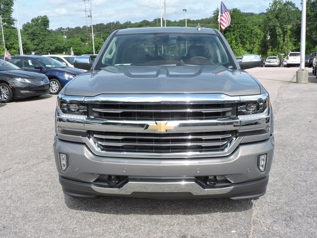2017 Silverado 1500 Crew Cab 4x4,  Pickup #9MN119 - photo 3