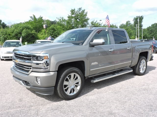 2017 Silverado 1500 Crew Cab 4x4,  Pickup #9MN119 - photo 4