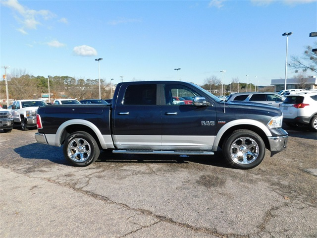 2015 Ram 1500 Crew Cab 4x4, Pickup #9PA1096 - photo 3