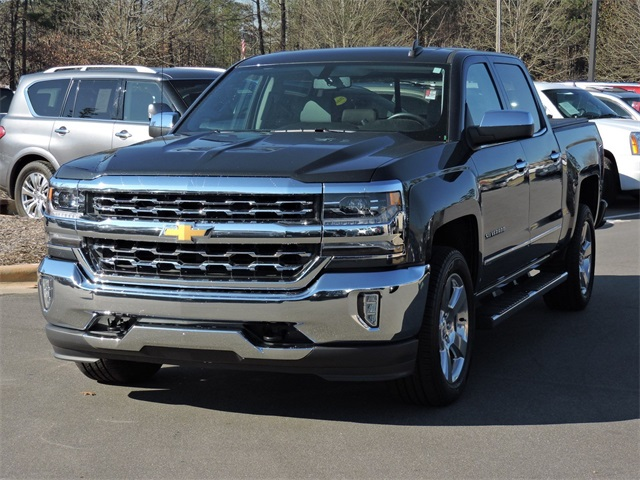 2017 Silverado 1500 Crew Cab 4x4, Pickup #9PJ1052 - photo 4