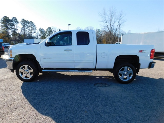 2013 Silverado 3500 Double Cab 4x4, Pickup #DT9C01976A - photo 6