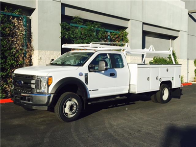 2017 F-550 Super Cab DRW,  Scelzi Crown Service Service Body #H2432 - photo 4