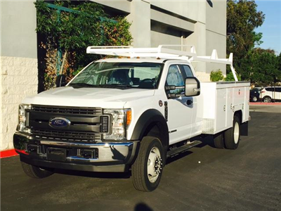 2017 F-550 Super Cab DRW,  Scelzi Crown Service Service Body #H2432 - photo 5