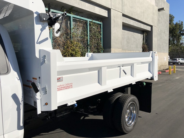2017 F-550 Regular Cab DRW, Rugby Dump Body #H2863 - photo 6