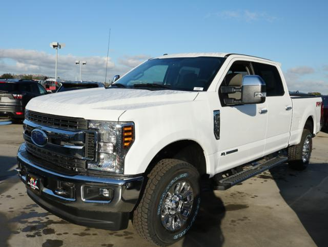 2018 F-250 Crew Cab 4x4, Pickup #J2168 - photo 6
