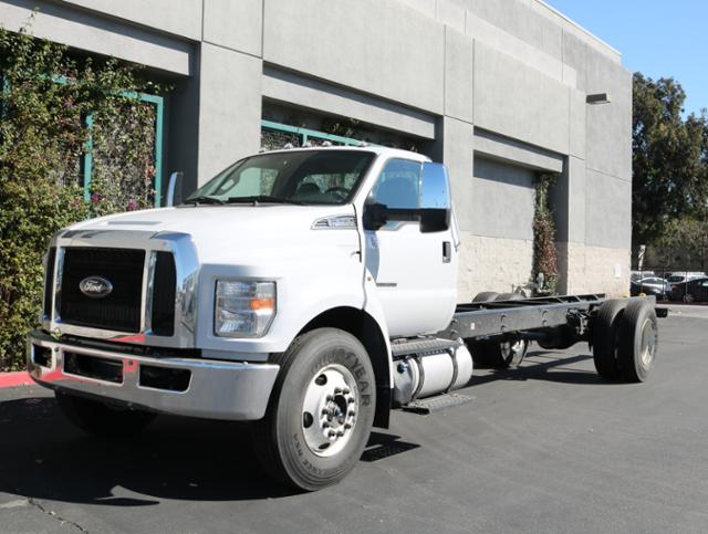 2018 F-650 Regular Cab DRW 4x2,  Cab Chassis #J2169 - photo 3