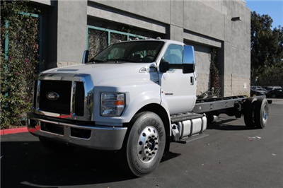 2018 F-650 Regular Cab DRW, Cab Chassis #J2170 - photo 3