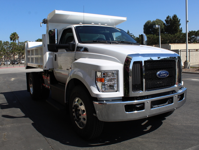 2018 F-650 Regular Cab DRW 4x2,  Rugby Dump Body #J2183 - photo 8