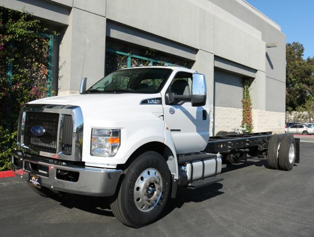 2018 F-650 Regular Cab DRW 4x2,  Cab Chassis #J2184 - photo 3