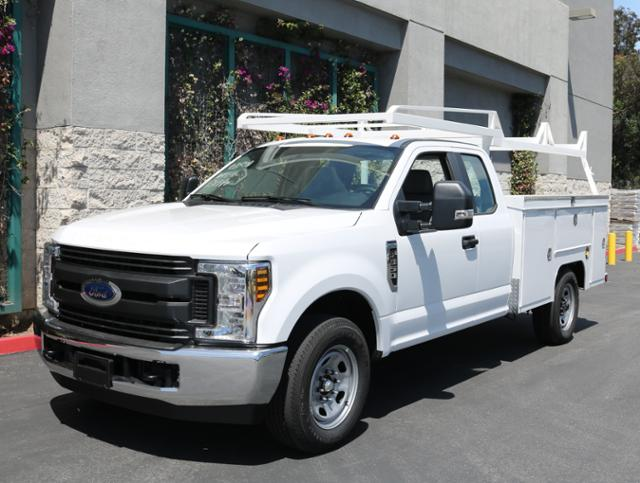 2018 F-350 Super Cab 4x2,  Scelzi Signature Service Body #J2348 - photo 3