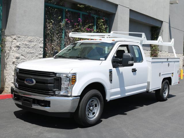 2018 F-350 Super Cab 4x2,  Scelzi Signature Service Service Body #J2354 - photo 3