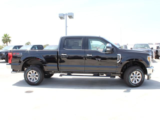 2018 F-250 Crew Cab 4x4,  Pickup #J2430 - photo 4