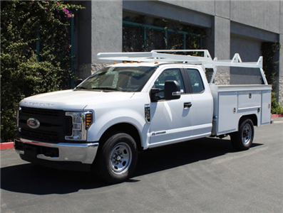 2018 F-350 Super Cab 4x2,  Scelzi Crown Service Body #J2452 - photo 3