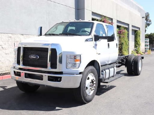 2021 Ford F-650 Crew Cab DRW 4x2, Cab Chassis #M2004 - photo 3