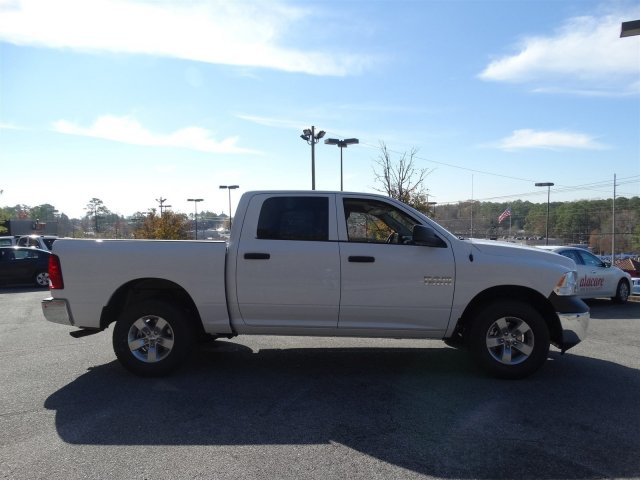 2017 Ram 1500 Crew Cab 4x4 Pickup #20312 - photo 3