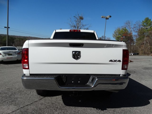 2017 Ram 1500 Crew Cab 4x4 Pickup #20312 - photo 4