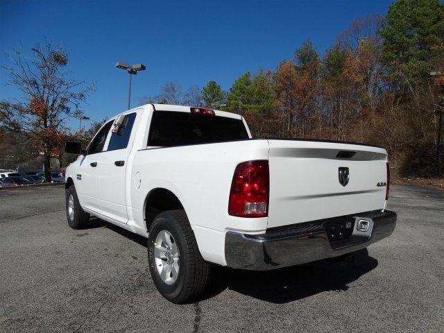 2017 Ram 1500 Crew Cab 4x4 Pickup #20312 - photo 5