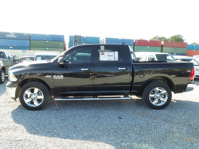 2017 Ram 1500 Crew Cab 4x4 Pickup #20568 - photo 6